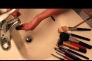 איפור: איך לנקות מברשות איפור